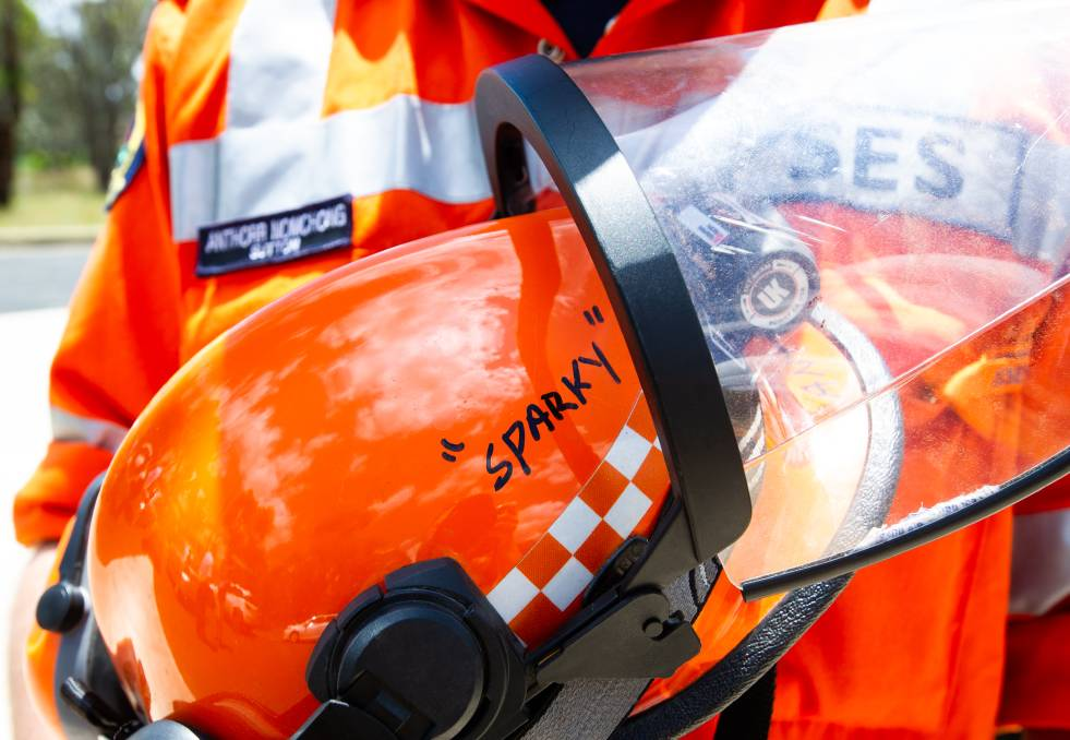 ACT SES volunteers will help the ACT Policing COVID-19 Taskforce to contact all people in quarantine. Picture: Elesa Kurtz